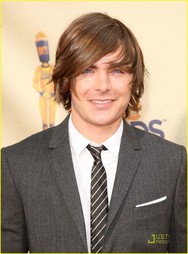 Zac Efron images Zac @ 2009 MTV Movie Awards HD wallpaper and background photos