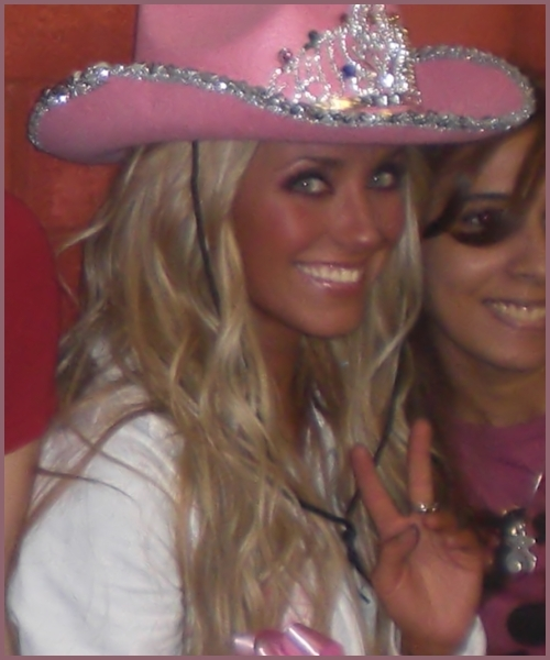 anahi performances - anahi photo