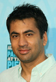 kal penn - kal-penn photo