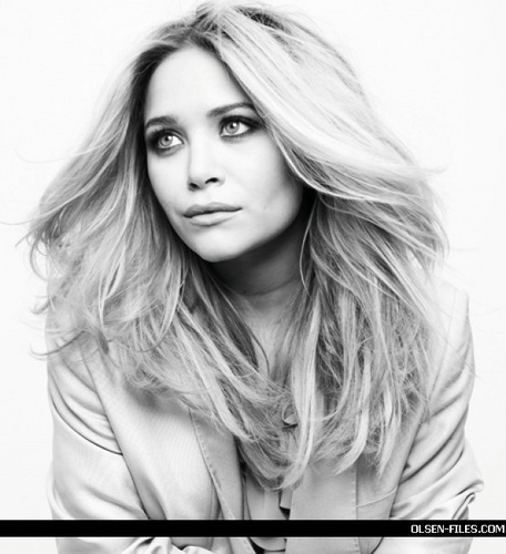 Mary-Kate & Ashley Olsen wallpaper containing a portrait titled photoshoot