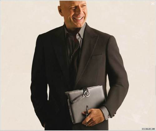 Bruce Willis wallpaper containing a well dressed person and a business suit titled Bruce Willis Cesare Paciotti Ad