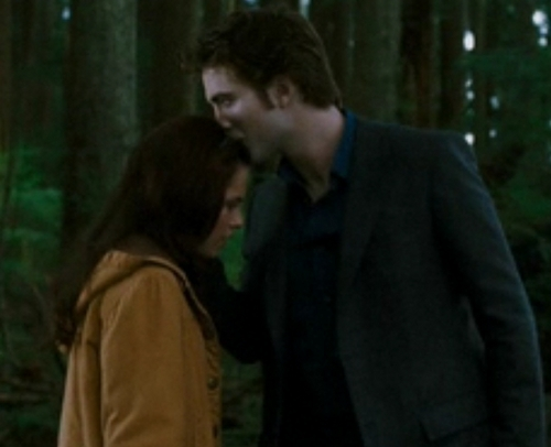 EDWARD AND BELLA!!! - twilight-movie Photo