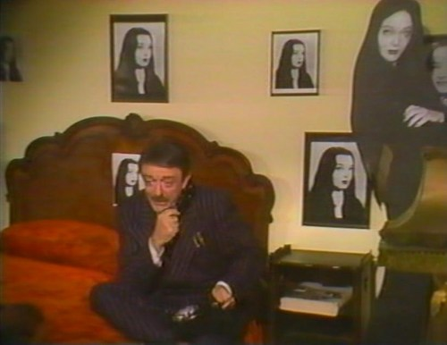 ハロウィン With the New Addams Family - Gomez and a Mortcia cutout - I think he misses her!