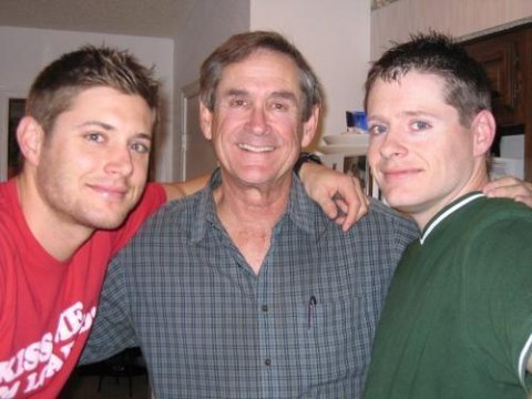 JENSEN ACKLES+ ALAN ACKLES(FATHER)+JOSH ACKLES(BROTHER) - jensen-ackles Photo