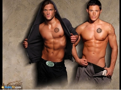 Jensen Ackles wallpaper with a hunk and skin entitled JENSEN+JARED