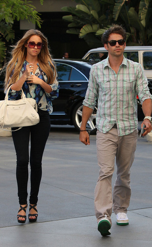 Kyle Howard and Lauren Conrad at the Lakers game