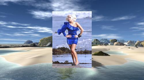 Lady Gaga Blue+ 海滩 Larger 壁纸