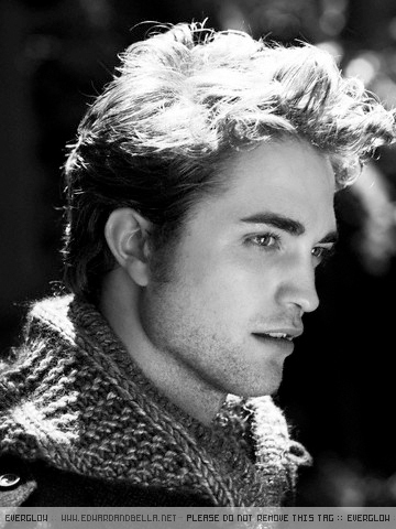 Rob's EW Photoshoot Outtake - robert-pattinson photo