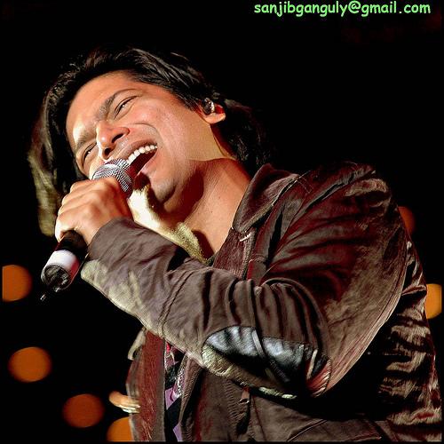 Shaan [ shantanu ] - famous bolly. singer