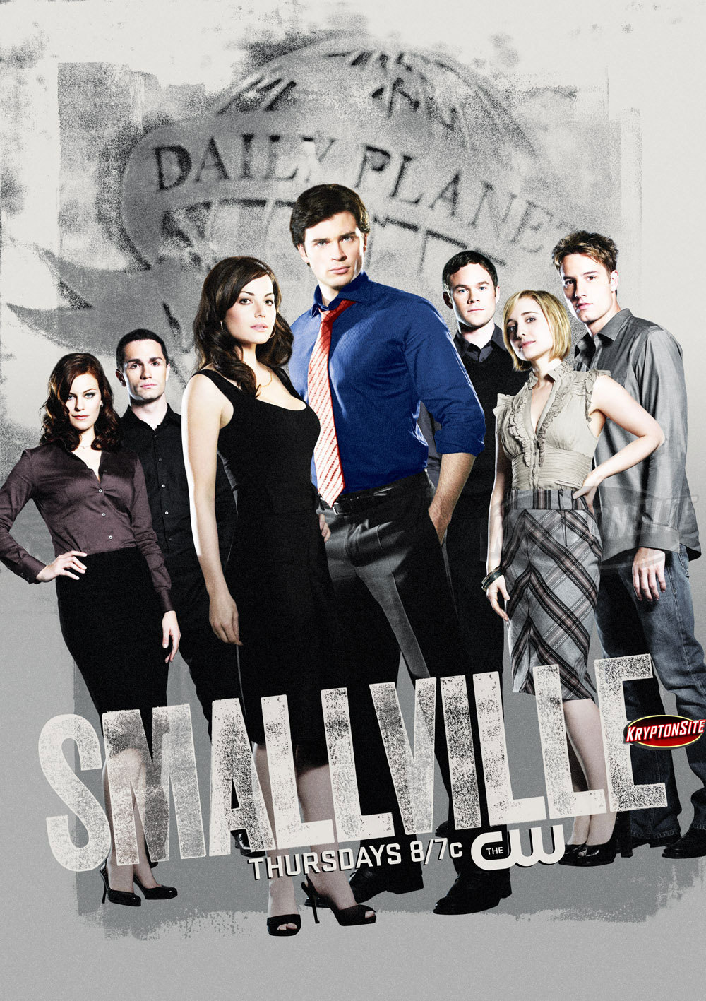 http://images2.fanpop.com/images/photos/6500000/Smallville-2009-Poster-smallville-6551809-1000-1417.jpg