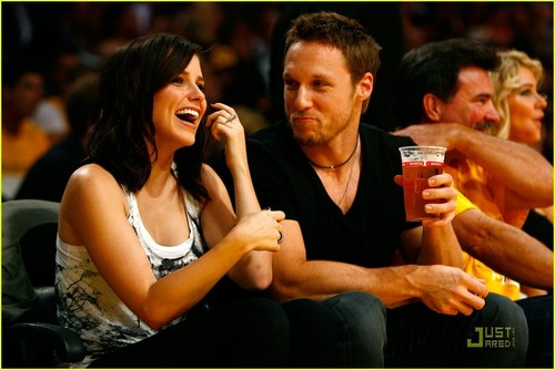 Sophia Bush: Lakers And A New Love?
