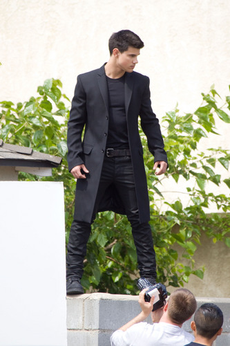 Taylor Lautner at his bức ảnh shoot in L.A.