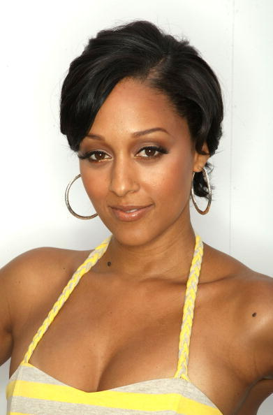 tia mowry and tamera mowry. Tia gt;3 - Tia and Tamera Mowry