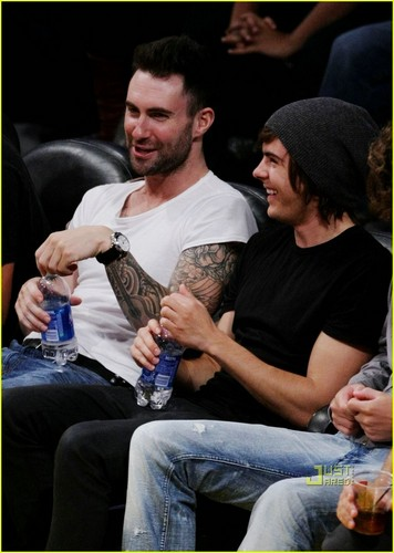 Zac @ LA Lakers Game