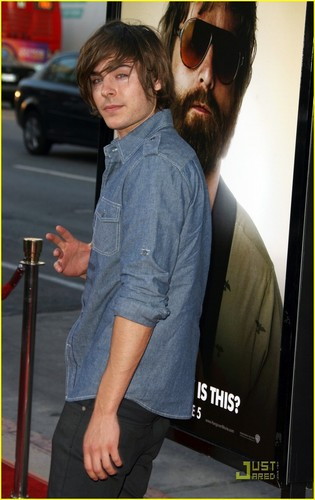 Zac @ The Hangover Premiere Hollywood