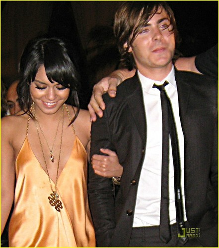 Zac and Vanessa at 엠티비 Movie Awards after party