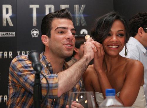Zoe and Zack at bintang Trek Press Conference