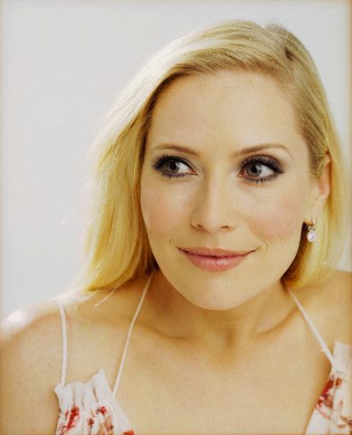 Emily Procter वॉलपेपर with a portrait titled emily procter