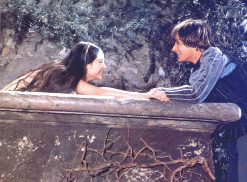 Romeo and Juliet (1968) wallpaper containing a hot tub and a lectern called romeo and juliet