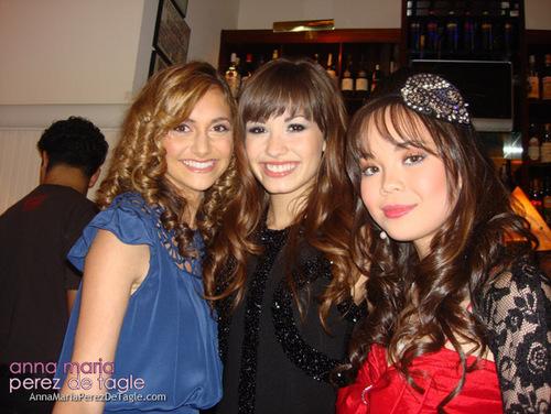 Anna,Demi and Alyson at the Camp Rock Premiere