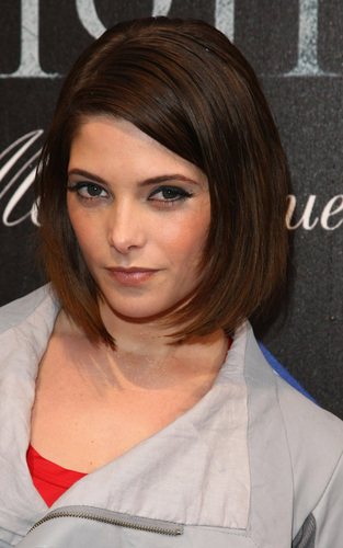 Ashley Greene Out at E-Werk