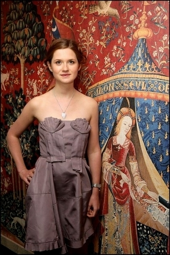 Harry Potter wallpaper titled Bonnie Wright
