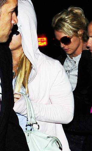 Britney in लंडन