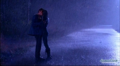 Brucas Hintergrund with a brunnen and a business suit entitled Brooke and Lucas - Best Moments