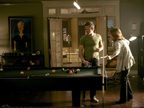 CSI:NY پیپر وال with a billiard room, a poolroom, and a pool میز, جدول titled Danny & Lindsay