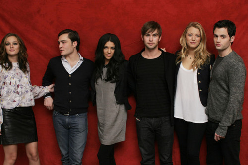 EJ with the cast