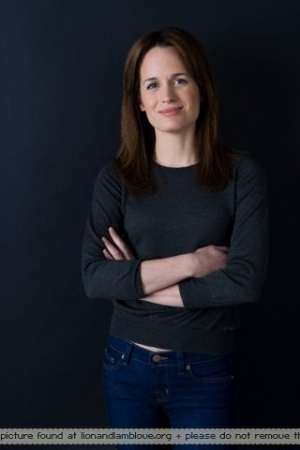 Elizabeth Reaser photoshoot. - esme-cullen Photo