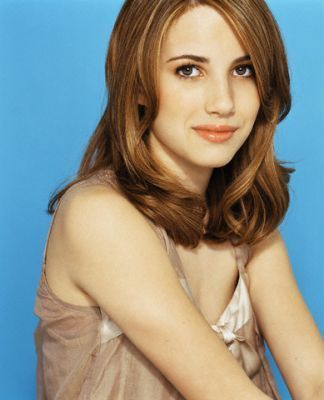 Emma Roberts Hintergrund with attractiveness and a portrait entitled Emma Roberts- Photoshoots