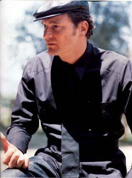 Colin Firth karatasi la kupamba ukuta probably with a rifleman titled GQ September 2001