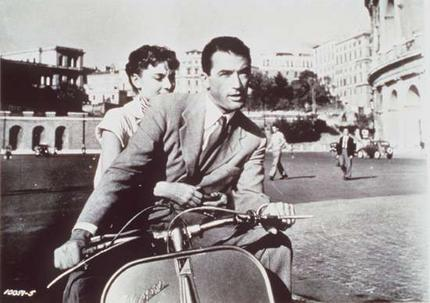phim cổ điển hình nền probably with a motorcycle cop and a đường phố, street called Gregory Peck And Audrey Hepburn