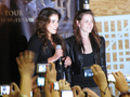 Kristen and Nikki- best buds - twilight-series photo
