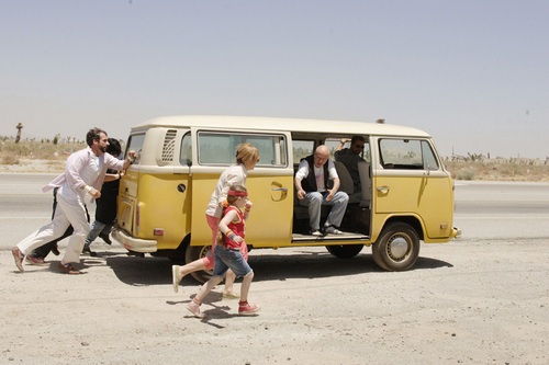 Little Miss Sunshine achtergrond possibly with a busje, van called LMS