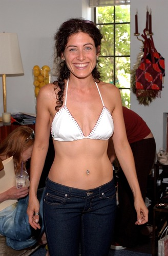 Lisa Edelstein at Juicy Couture At The महल, शताब्दी, chateau Marmont (07.27.2001)