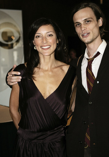 Esprits Criminels fond d'écran called MGG&Lola Glaudini @ CBS TCA summer 2005 press-tour - HQ
