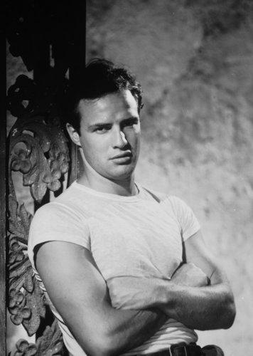 클래식 영화 바탕화면 titled Marlon Brando