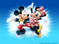 Mickey and Minnie kertas dinding