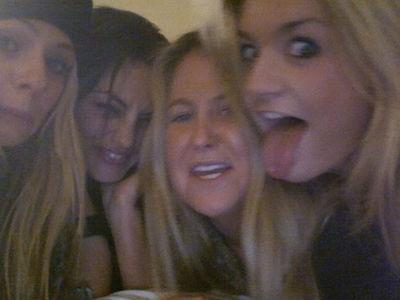 Phoebe - phoebe-tonkin-and-claire-holt Photo