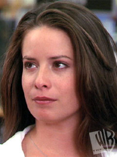 Piper Halliwell wallpaper with a portrait titled Piper