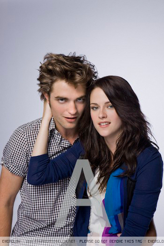 TeenMagazine 2008 - robert-pattinson-and-kristen-stewart Photo