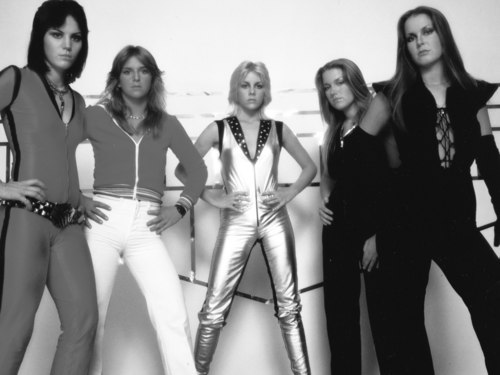 The Runaways - 1977 - the-runaways Wallpaper