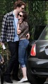 They ARE dating! - robert-pattinson-and-kristen-stewart photo
