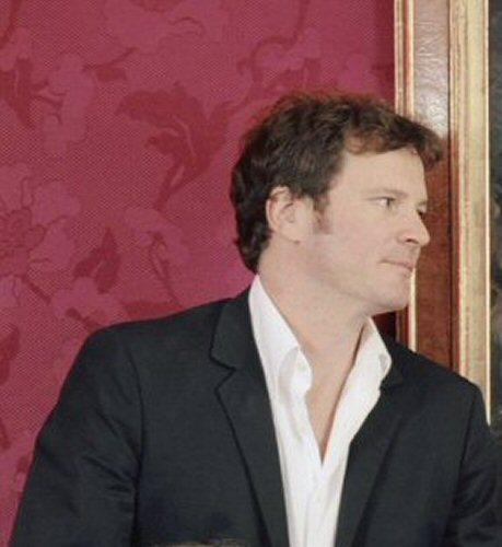Colin Firth karatasi la kupamba ukuta with a business suit called Time magazine 2003