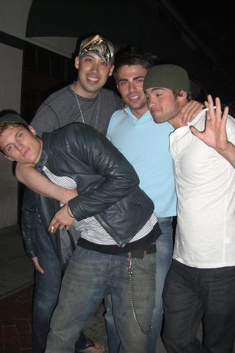 Toby Hemingway, Chase Crawford, Jonathan Bennett