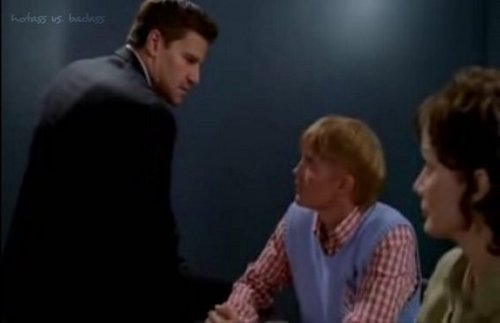 Toby Hemingway with David Boreanaz in bones