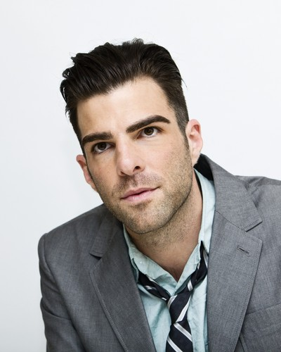 Zachary Quinto wallpaper with a business suit, a suit, and a double breasted suit called Zachary Quinto
