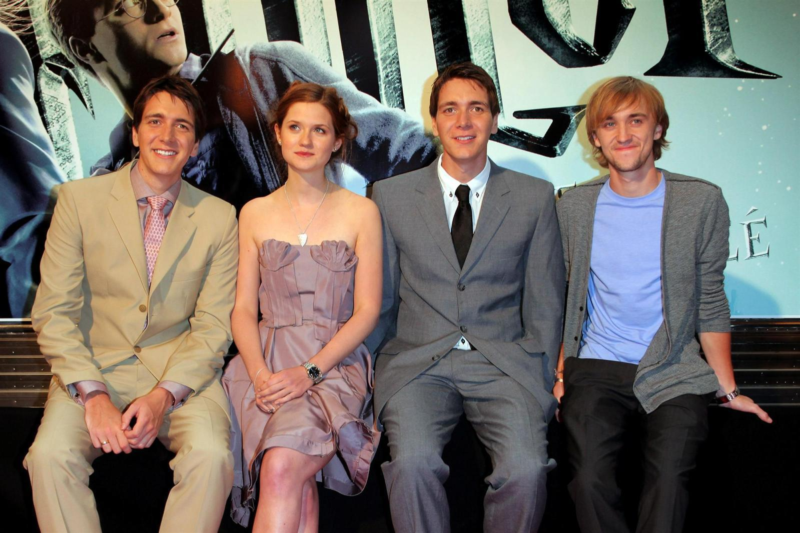 hp halfblood prince tour france - Oliver and James Phelps Photo ...